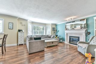 """Photo 2: 35329 SANDYHILL Road in Abbotsford: Abbotsford East House for sale in """"Westview"""" : MLS®# R2490842"""