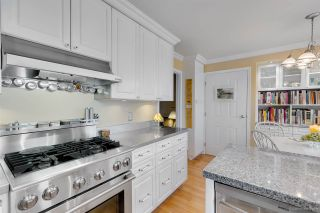 """Photo 9: 9264 GOLDHURST Terrace in Burnaby: Forest Hills BN Townhouse for sale in """"Copper Hill"""" (Burnaby North)  : MLS®# R2287612"""