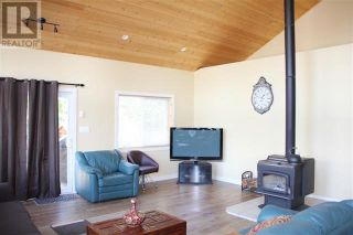 Photo 10: 9019 S MAHOOD LK ROAD in Canim Lake: House for sale : MLS®# R2614021