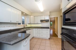 Photo 9: 1376 E 60TH Avenue in Vancouver: South Vancouver House for sale (Vancouver East)  : MLS®# R2521101