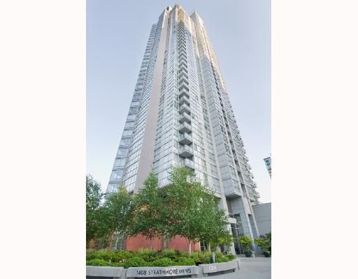 """Main Photo: 906 1408 STRATHMORE MEWS BB in Vancouver: False Creek North Condo for sale in """"WEST ONE"""" (Vancouver West)  : MLS®# V784813"""