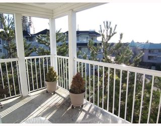 Photo 9: 43 7345 SANDBORNE Avenue in Burnaby: South Slope Townhouse for sale (Burnaby South)  : MLS®# V750183
