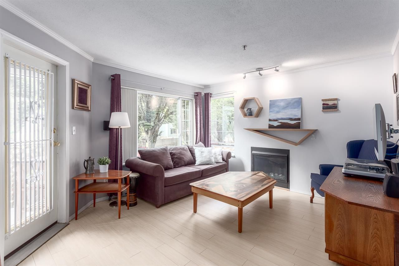 Main Photo: 202 1433 E 1ST AVENUE in : Grandview Woodland Condo for sale (Vancouver East)  : MLS®# R2203352