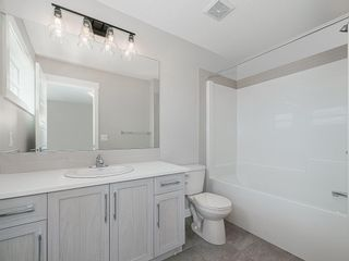 Photo 14: 37 SKYVIEW Parade NE in Calgary: Skyview Ranch Row/Townhouse for sale : MLS®# C4295842