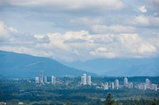 Photo 5: 1505 4880 BENNETT Street in Burnaby: Metrotown Condo for sale (Burnaby South)  : MLS®# R2482036