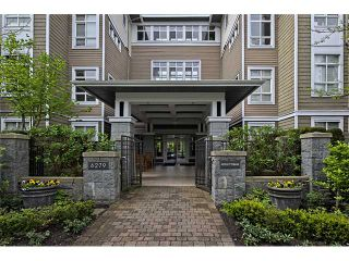 """Photo 1: 303 6279 EAGLES Drive in Vancouver: University VW Condo for sale in """"REFLECTIONS"""" (Vancouver West)  : MLS®# V1061772"""