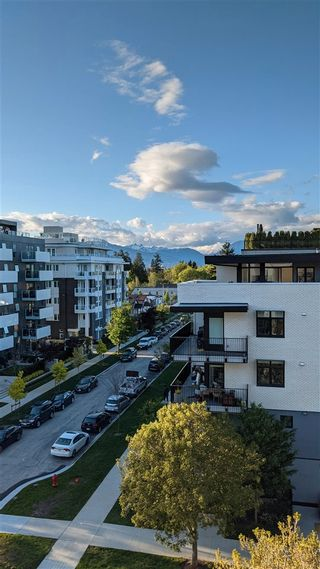 "Photo 2: 606 168 E 35TH Avenue in Vancouver: Main Condo for sale in ""JAMES WALK"" (Vancouver East)  : MLS®# R2575962"