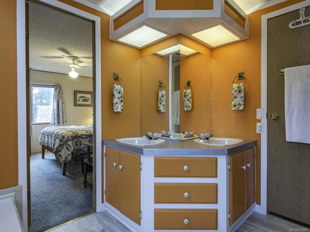 Photo 24: Photos: 64 390 Cowichan Ave in COURTENAY: CV Courtenay East Manufactured Home for sale (Comox Valley)  : MLS®# 833987