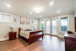 """Photo 17: 1551 ARCHIBALD Road: White Rock House for sale in """"West White Rock"""" (South Surrey White Rock)  : MLS®# R2584114"""