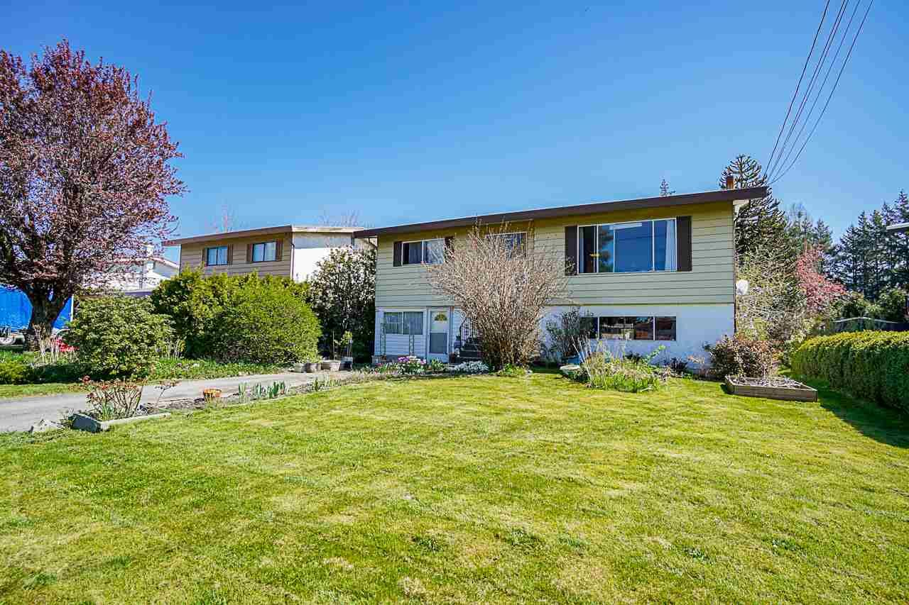 Main Photo: 9134 ARMITAGE Street in Chilliwack: Chilliwack E Young-Yale House for sale : MLS®# R2567444