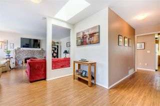 Photo 5: 1267 FINLAY Street: White Rock House for sale (South Surrey White Rock)  : MLS®# R2516931