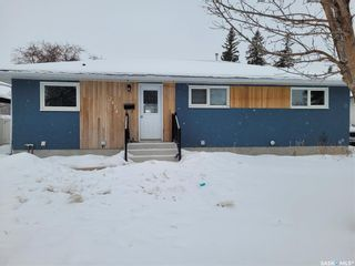 Photo 1: 2414 Albert Avenue in Saskatoon: Avalon Residential for sale : MLS®# SK840383