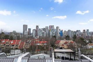 Photo 22: 2215 OAK Street in Vancouver: Fairview VW Townhouse for sale (Vancouver West)  : MLS®# R2542195