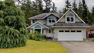 Photo 1: 1006 REGENCY Place in Squamish: Garibaldi Estates House for sale : MLS®# R2595112