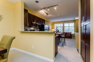 """Photo 6: 38 21661 88 Avenue in Langley: Walnut Grove Townhouse for sale in """"Monterra"""" : MLS®# R2156136"""