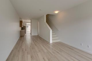 """Photo 6: 43 1188 WILSON Crescent in Squamish: Dentville Townhouse for sale in """"The Current"""" : MLS®# R2259461"""