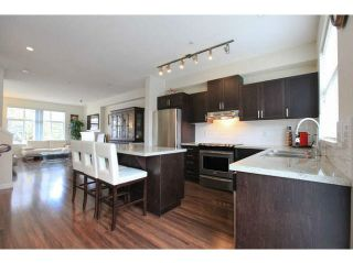 "Photo 10: 697 PREMIER Street in North Vancouver: Lynnmour Townhouse for sale in ""WEDGEWOOD"" : MLS®# V1112919"