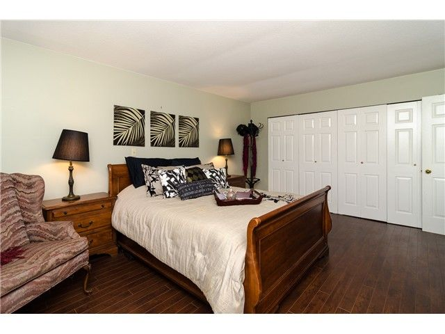 Photo 7: Photos: 6430 CURTIS Street in Burnaby: Parkcrest House for sale (Burnaby North)  : MLS®# V981822