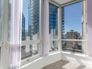 "Photo 20: 2308 1166 MELVILLE Street in Vancouver: Coal Harbour Condo for sale in ""ORCA PLACE"" (Vancouver West)  : MLS®# R2570672"