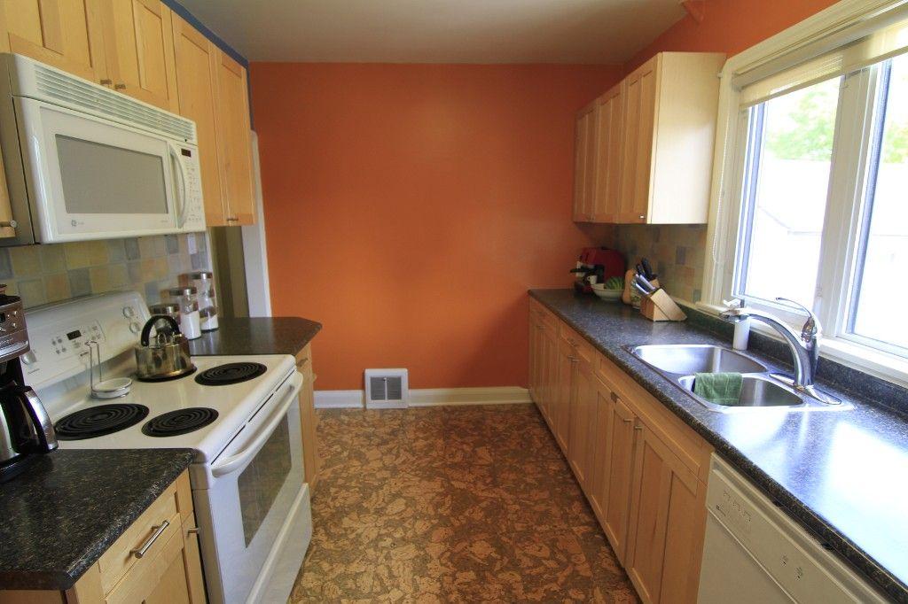 Photo 17: Photos: 1193 Ashburn Street in Winnipeg: West End / Wolseley Single Family Detached for sale (West Winnipeg)  : MLS®# 1313042