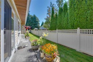 """Photo 27: 11 1881 144 Street in Surrey: Sunnyside Park Surrey Townhouse for sale in """"Brambley Hedge"""" (South Surrey White Rock)  : MLS®# R2480598"""