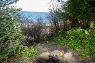 Photo 3: 1724 Tashtego Cres in : Isl Gabriola Island House for sale (Islands)  : MLS®# 871801