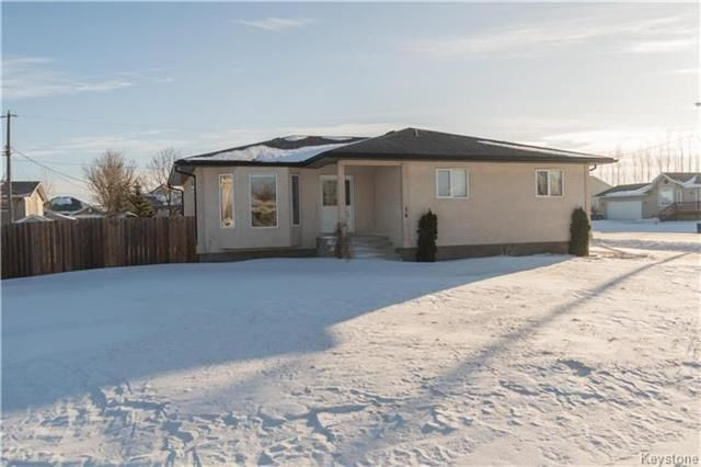 Photo 1: Photos: 16 ORIS Street in Elie: RM of Cartier Residential for sale (R10)  : MLS®# 1800701
