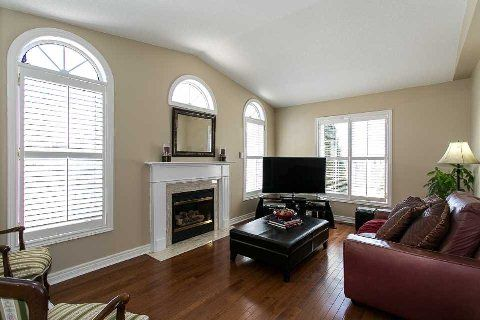Photo 15: Photos: 19 Duggan Avenue in Whitby: Brooklin House (2-Storey) for sale : MLS®# E2889335