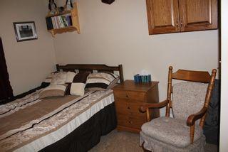 Photo 10: 5106 50 Street: Myrnam House for sale : MLS®# E4099480