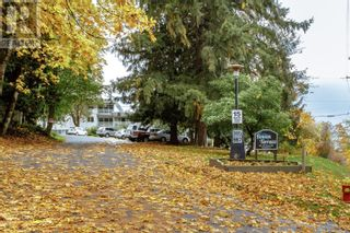 Main Photo: 207 995 BOWEN Rd in Nanaimo: House for sale : MLS®# 888916
