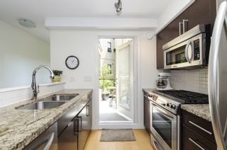Photo 6: 106 1855 Stainsbury Avenue in Vancouver: Victoria VE Townhouse for sale (Vancouver East)  : MLS®# V1128908