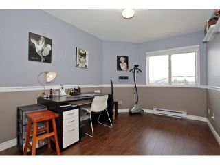 """Photo 16: 403 5759 GLOVER Road in Langley: Langley City Condo for sale in """"COLLEGE COURT"""" : MLS®# F1442596"""