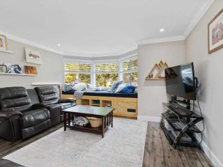 Photo 2: 23375 124 Avenue in Maple Ridge: East Central House for sale : MLS®# R2592625