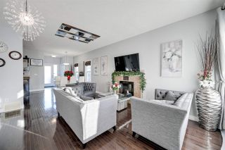 Photo 4: 1541 RUTHERFORD Road in Edmonton: Zone 55 House Half Duplex for sale : MLS®# E4228233