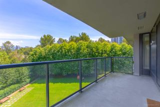 "Photo 15: 706 660 NOOTKA Way in Port Moody: Port Moody Centre Condo for sale in ""NAHANNI @ KLAHANIE"" : MLS®# R2477636"