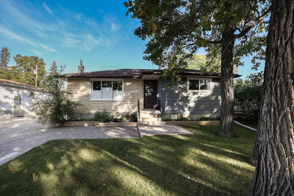 Main Photo: 87 Barrington Avenue in Winnipeg: St Vital Residential for sale (2C)  : MLS®# 202123665