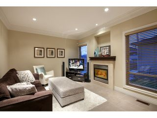 Photo 4: 3955 PARKER Street in Burnaby: Willingdon Heights House for sale (Burnaby North)  : MLS®# V992982