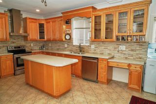 Photo 5: 7871 CUMBERLAND Street in Burnaby: East Burnaby House for sale (Burnaby East)  : MLS®# R2413062