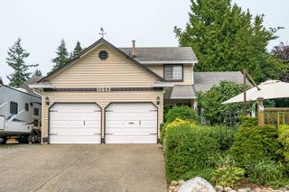 """Photo 3: 16043 10A Avenue in Surrey: King George Corridor House for sale in """"South Meridian"""" (South Surrey White Rock)  : MLS®# R2612889"""