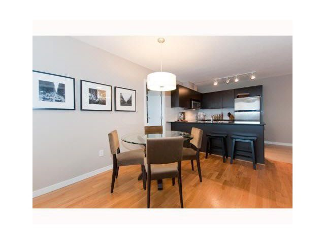 """Photo 4: Photos: 1404 4178 DAWSON Street in Burnaby: Brentwood Park Condo for sale in """"TANDEM"""" (Burnaby North)  : MLS®# V1117379"""