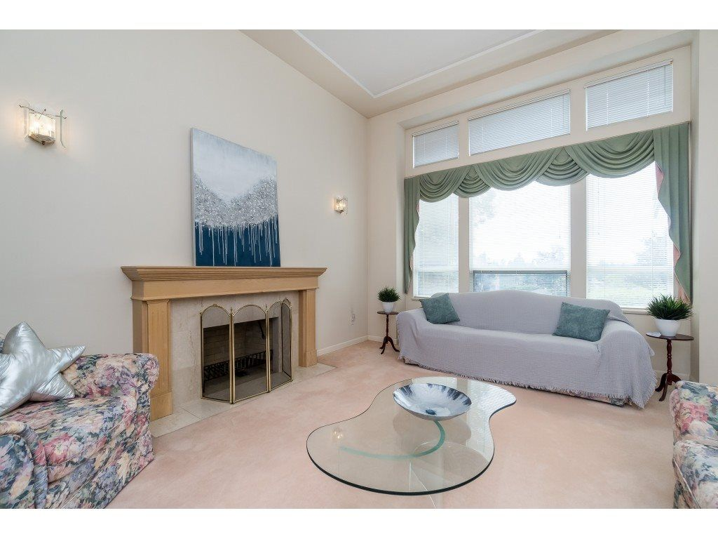 "Main Photo: 6120 BOUNDARY Drive in Surrey: Panorama Ridge House for sale in ""BOUNDARY PARK"" : MLS®# R2389241"
