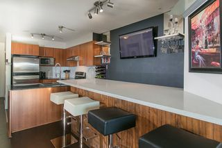 "Photo 4: 414 1633 MACKAY Avenue in North Vancouver: Pemberton NV Condo for sale in ""TOUCHBASE"" : MLS®# R2015342"