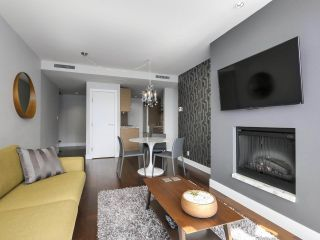 """Photo 10: 2506 1111 ALBERNI Street in Vancouver: West End VW Condo for sale in """"SHANGRI-LA"""" (Vancouver West)  : MLS®# R2525593"""