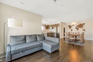 """Photo 2: 319 3323 151 Street in Surrey: Morgan Creek Condo for sale in """"Harvard Gardens - Elgin House"""" (South Surrey White Rock)  : MLS®# R2481310"""