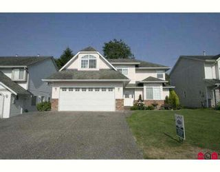 Photo 1: 6310 SELKIRK Street in Sardis: Sardis West Vedder Rd House for sale : MLS®# H2902176