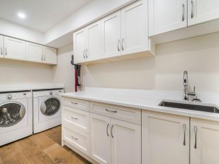 """Photo 18: 17 5221 OAKMOUNT Crescent in Burnaby: Oaklands Townhouse for sale in """"OAKLANDS"""" (Burnaby South)  : MLS®# R2512646"""