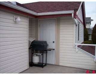 """Photo 2: 31406 UPPER MACLURE Road in Abbotsford: Abbotsford West Townhouse for sale in """"ELWOOD ESTATES"""" : MLS®# F2702993"""