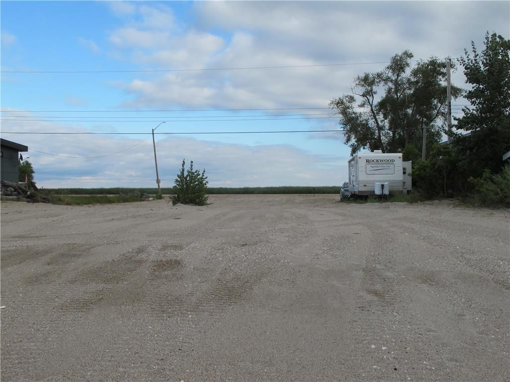 Photo 10: Photos:  in St Laurent: Twin Lake Beach Residential for sale (R19)  : MLS®# 202021257