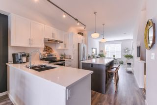 """Photo 5: 2 14905 60TH Avenue in Surrey: Sullivan Station Townhouse for sale in """"THE GROVE AT CAMBRIDGE"""" : MLS®# R2369048"""