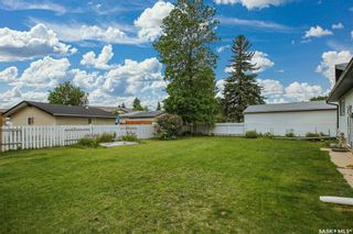 Photo 37: 61 Athabasca Crescent in Saskatoon: River Heights SA Residential for sale : MLS®# SK859293